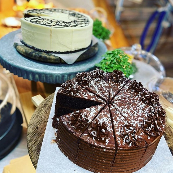 Forage at Wadswick - Chocolate and Red Velvet Cakes